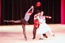 LE PETITE BALLON ROUGE: ROXIE LEBENZON - MIME, SAS - PIERRE TOULOUSE, SARAH DRISKO - GIRL (P2P DANCE RECITAL 2009)